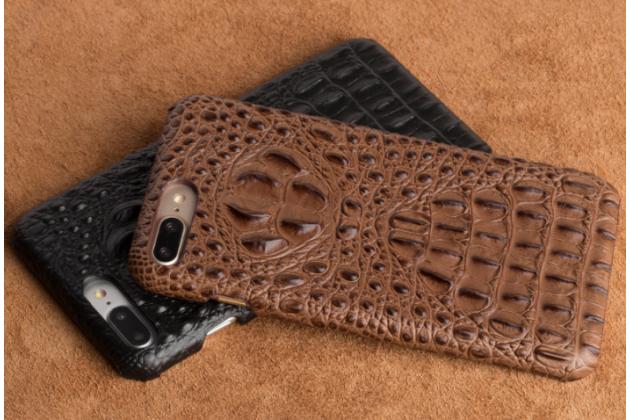 Фирменная роскошная эксклюзивная накладка с объёмным 3D изображением рельефа кожи крокодила коричневый для Huawei Enjoy 6S / Nova Smart 5.0/ Huawei Honor 6C . Только в нашем магазине. Количество ограничено