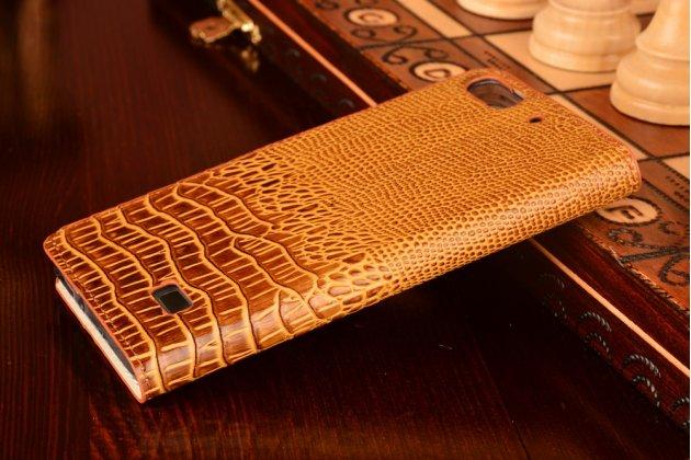 Фирменный роскошный эксклюзивный чехол с объёмным 3D изображением кожи крокодила коричневый для Huawei Honor 4c . Только в нашем магазине. Количество ограничено