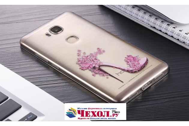 """Фирменная задняя панель-чехол-накладка из прозрачного 3D силикона с объёмным рисунком для Huawei Honor 5X 5.5"""" (KIW-L21)"""" тематика """"изящная туфелька"""" которая огибает логотип чтобы была видна марка телефона"""