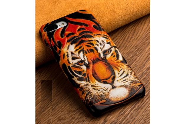 Фирменная роскошная задняя панель-крышка обтянутая импортной кожей для Huawei Honor 7/ Honor 7 Premium 5.2 тематика Тигр