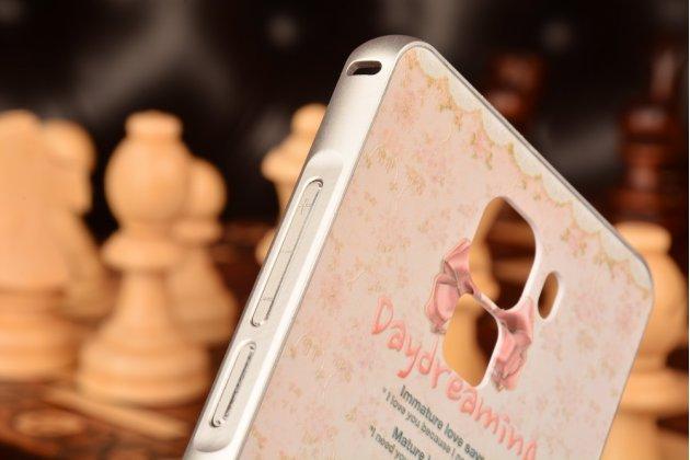 """Фирменная золотая металлическая задняя панель-крышка-накладка из тончайшего облегченного авиационного алюминия для Huawei Honor 7 с объёмным 3D рисунком """"тематика Цветы"""""""