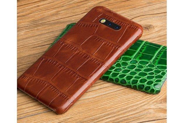 Фирменная неповторимая панель-крышка обтянутая кожей крокодила с фактурным тиснением для Huawei Honor Magic коричневая. Только в нашем магазине. Количество ограничено.