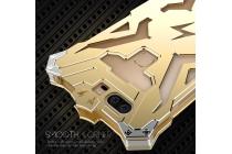 """Противоударный металлический чехол-бампер из цельного куска металла с усиленной защитой углов и необычным экстремальным дизайном  для Huawei Honor V8 Dual Sim 4G 5.7"""" золотого цвета"""