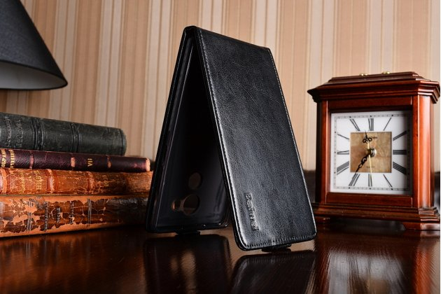 """Фирменный оригинальный вертикальный откидной чехол-флип для Huawei Mate 8 (NXT-AL1) 6.0""""  черный из натуральной кожи """"Prestige"""" Италия"""