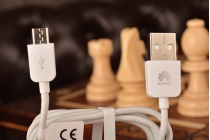 Фирменный оригинальный USB дата-кабель для телефона Huawei Mate 9 + гарантия