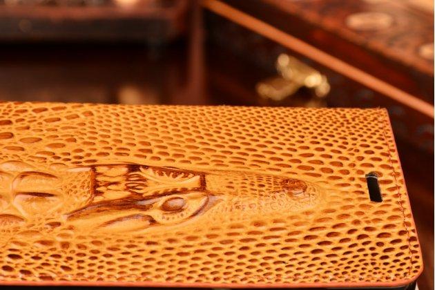 Фирменный роскошный эксклюзивный чехол с объёмным 3D изображением кожи крокодила коричневый для Huawei Mate S . Только в нашем магазине. Количество ограничено