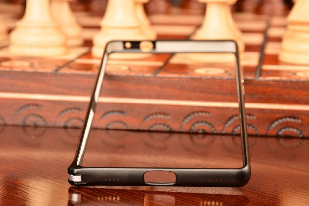 """Фирменный оригинальный ультра-тонкий чехол-бампер для Huawei P8 5.2""""  черный  металлический"""