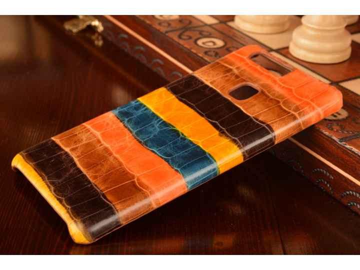 Фирменная неповторимая экзотическая панель-крышка обтянутая кожей крокодила с фактурным тиснением для Huawei P..