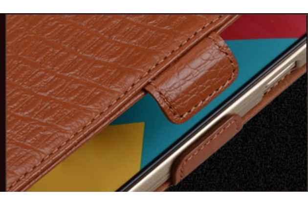 Фирменный роскошный эксклюзивный чехол с фактурной прошивкой рельефа кожи крокодила и визитницей коричневый для Huawei P10 Plus. Только в нашем магазине. Количество ограничено