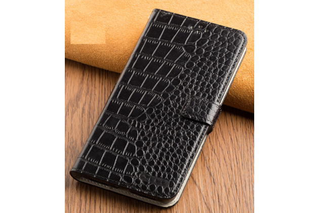 Фирменный роскошный эксклюзивный чехол с фактурной прошивкой рельефа кожи крокодила и визитницей черный для Huawei Honor 8 Lite / Huawei P8 Lite 2017 Edition. Только в нашем магазине.