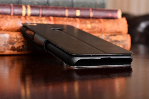 Фирменный чехол-книжка из качественной импортной кожи с подставкой застёжкой и визитницей для Huawei Honor 8 Lite / Huawei P8 Lite 2017 Edition  черный
