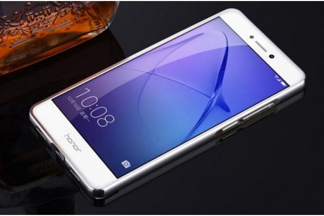 Фирменная металлическая задняя панель-крышка-накладка из тончайшего облегченного авиационного алюминия для Huawei Honor 8 Lite / Huawei P8 Lite 2017 Edition  серебристая
