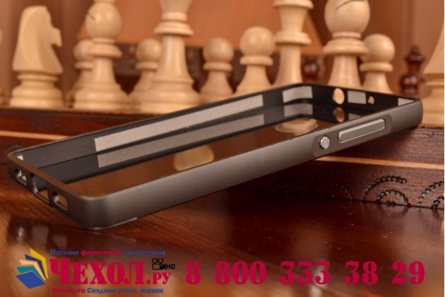 Фирменная металлическая задняя панель-крышка-накладка из тончайшего облегченного авиационного алюминия для Huawei P8 Lite черная