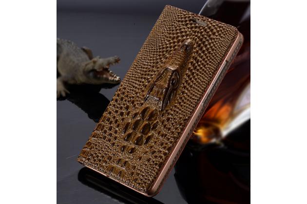 Фирменный роскошный эксклюзивный чехол с объёмным 3D изображением кожи крокодила коричневый для Huawei Mate 2 . Только в нашем магазине. Количество ограничено