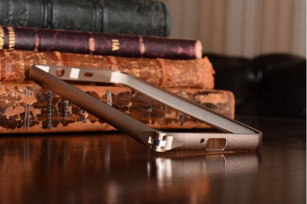 Фирменный оригинальный ультра-тонкий чехол-бампер для Huawei Honor 6 золотой металлический