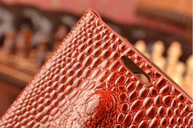 Фирменный роскошный эксклюзивный чехол с объёмным 3D изображением кожи крокодила коричневый для LG G3s Mini D724/D722 . Только в нашем магазине. Количество ограничено