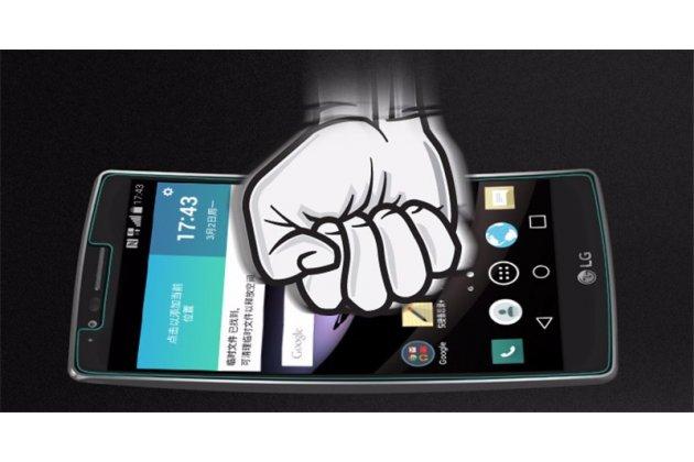 Фирменное защитное закалённое противоударное стекло премиум-класса из качественного японского материала с олеофобным покрытием для телефона LG G Flex 1 D958
