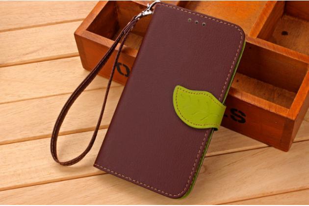 Фирменный уникальный необычный чехол-книжка для LG K7 (2017) X230 коричневый с декорированной застежкой в виде листочка