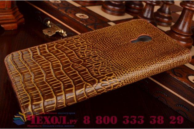 Фирменный роскошный эксклюзивный чехол с объёмным 3D изображением кожи крокодила коричневый для Meizu M2 note . Только в нашем магазине. Количество ограничено