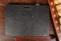 """Фирменный чехол бизнес класса для Microsoft Surface Pro 3 с визитницей и держателем для руки черный натуральная кожа """"Prestige"""" Италия"""