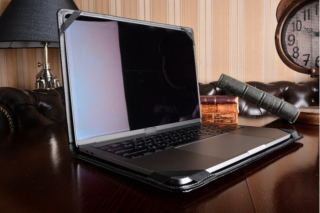 Защитный противоударный чехол-обложка-футляр-кейс для ноутбука Dell Inspiron 1564 из качественной импортной кожи. Цвет в ассортименте. Только в нашем магазине. Количество ограничено