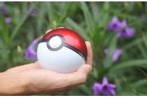 Внешнее портативное зарядное устройство/ аккумулятор в виде Покебола Pokemon Go ёмкостью 12000  mAh  пластиковый с двумя USB-выходами