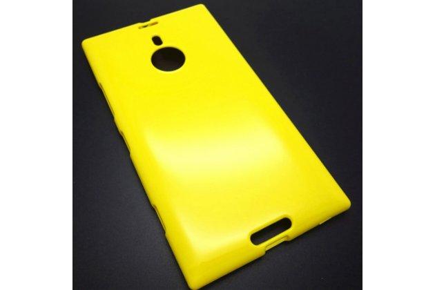 Фирменная ультра-тонкая полимерная из мягкого качественного силикона задняя панель-чехол-накладка для Nokia Lumia 1520 желтая