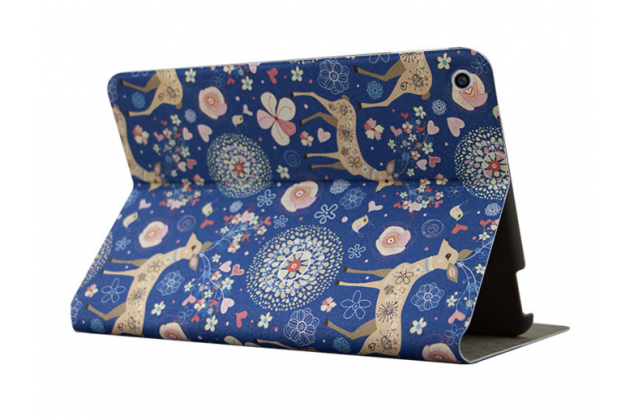 Фирменный чехол-обложка с безумно красивым расписным рисунком Оленя в цветах для планшета  Nokia N1 Tablet 7.9  кожаный