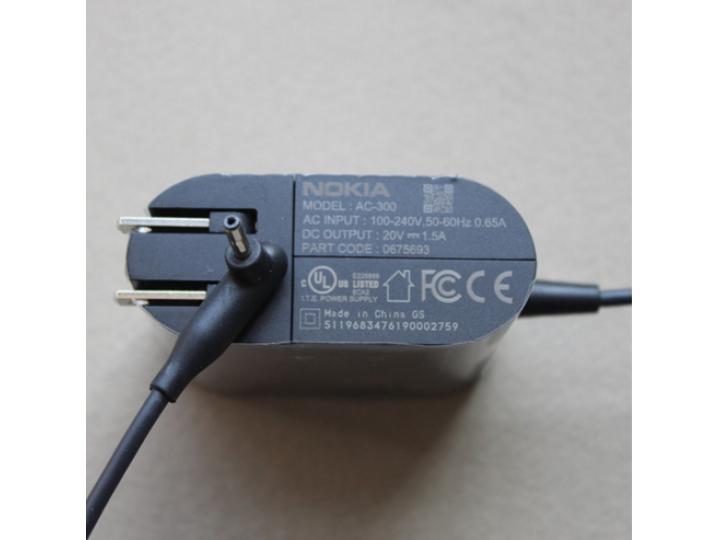 Оригинальное зарядное устройство от сети для Nokia Lumia 2520 + гарантия..