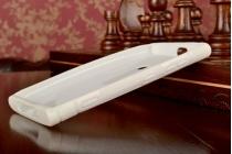 Фирменная ультра-тонкая силиконовая задняя панель-чехол-накладка для Nokia Lumia 920 белая