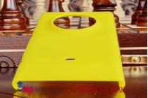 Фирменная задняя панель-крышка-накладка из тончайшего и прочного пластика для Nokia Lumia 830 желтая