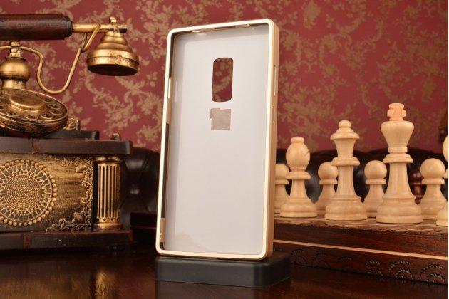 Фирменная металлическая задняя панель-крышка-накладка из тончайшего облегченного авиационного алюминия для OnePlus 2 (Two) A2001 золотая