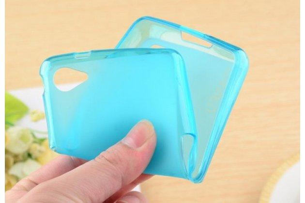 Фирменная ультра-тонкая полимерная из мягкого качественного силикона задняя панель-чехол-накладка для Philips Xenium W6618 голубая