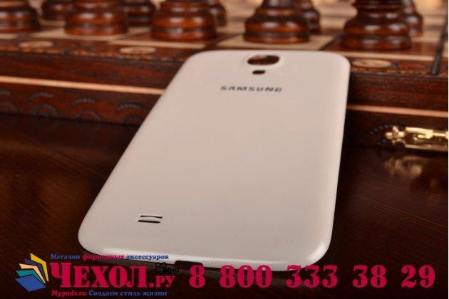 Родная оригинальная задняя крышка-панель которая шла в комплекте для Samsung Galaxy S4 GT-i9500/i9505 белая