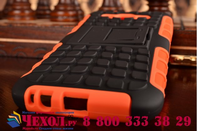 Противоударный усиленный ударопрочный фирменный чехол-бампер-пенал для Samsung Galaxy E5 оранжевый