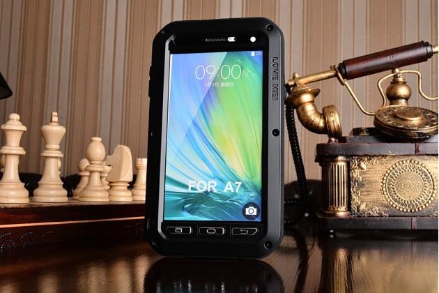 Неубиваемый водостойкий противоударный водонепроницаемый грязестойкий влагозащитный ударопрочный фирменный чехол-бампер для Samsung Galaxy A7/A7 Duos SM-A700F/A700H/A700FD цельно-металлический со стеклом Gorilla Glass