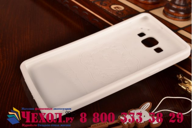 """Фирменная необычная уникальная полимерная мягкая задняя панель-чехол-накладка для Samsung Galaxy A7 """"тематика Андроид в Белом Шоколаде"""""""