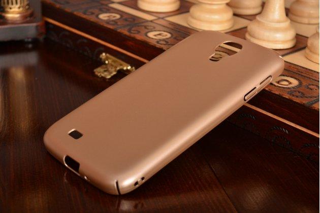 Фирменная ультра-тонкая пластиковая задняя панель-чехол-накладка для Samsung Galaxy S4 GT-i9500/i9505 золотая