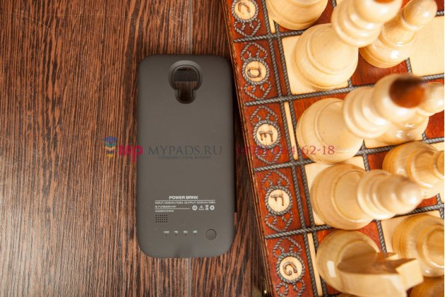 Чехол-книжка с окошком со встроенной усиленной мощной батарей-аккумулятором большой повышенной расширенной ёмкости 2600mAh для Samsung Galaxy S4 Mini черный + гарантия