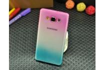 Фирменная из тонкого и лёгкого пластика задняя панель-чехол-накладка для Samsung Galaxy A3 SM-A300F/H/YZ прозрачная с эффектом радуги