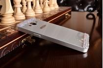 Фирменная металлическая задняя панель-крышка-накладка из облегченного авиационного алюминия украшенная стразами и кристалликами для Samsung Galaxy A5 серебристая