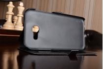 Фирменный чехол-книжка для Samsung Galaxy A5 SM-A520F (2017) черный с окошком для входящих вызовов и свайпом водоотталкивающий