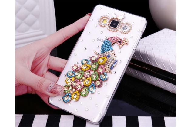 Фирменная роскошная элитная пластиковая задняя панель-накладка украшенная стразами кристалликами и декорированная элементами для Samsung Galaxy A7 Павлин