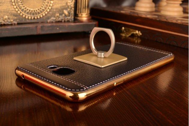 Фирменная премиальная элитная крышка-накладка на Samsung Galaxy C7(C7000) 5.7 черная из качественного силикона с дизайном под кожу