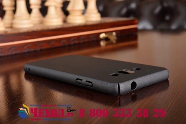 """Фирменная задняя панель-крышка-накладка из тончайшего и прочного пластика для Samsung Galaxy J3 (2016) SM-J320F/DS/J320H/DS 5.0"""" черная"""