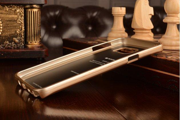 Фирменная ультра-тонкая полимерная из мягкого качественного силикона задняя панель-чехол-накладка для Samsung Galaxy Note 5 золотая
