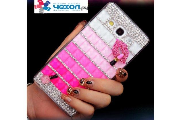 Фирменная роскошная элитная пластиковая задняя панель-накладка украшенная стразами кристалликами и декорированная элементами для Samsung Galaxy A3 малиновая
