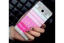 Фирменная роскошная элитная пластиковая задняя панель-накладка украшенная стразами кристалликами и декорированная элементами для Samsung Galaxy A5 малиновая