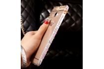 Фирменная металлическая задняя панель-крышка-накладка из облегченного авиационного алюминия украшенная стразами и кристалликами для Samsung Galaxy A8 SM-A800F/DS/Dual Sim/Duos  золотая