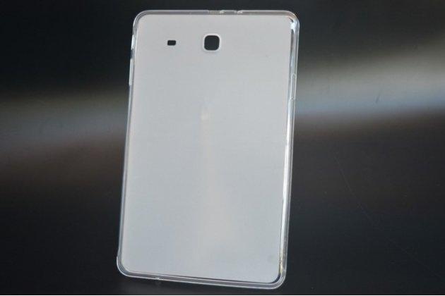 Фирменная ультра-тонкая полимерная из мягкого качественного силикона задняя панель-чехол-накладка для Samsung Galaxy Tab E 9.6 SM-T560N/T561N/T565N белая